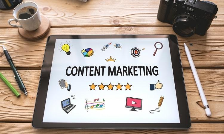 コンテンツマーケティングとは?メリットや目的・成功事例を解説