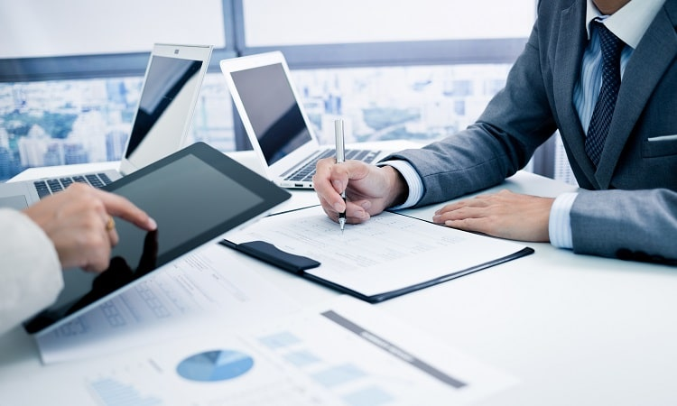 SEOコンサルティングとは?業者選びの注意点とおすすめ3社紹介