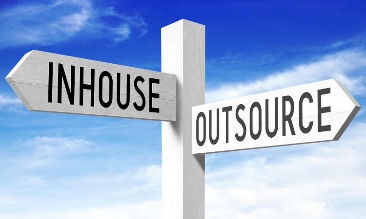 インハウスSEOとは?自社で内製化するメリット・デメリットと業務内容紹介